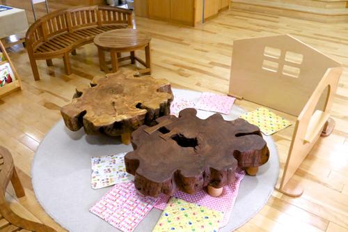 手作りの桜のテーブル