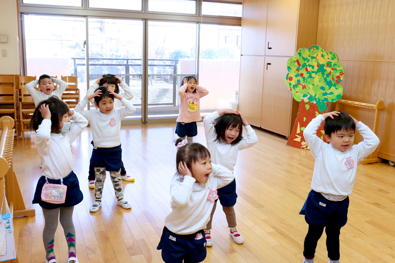 ダンスの練習をする子供達の様子
